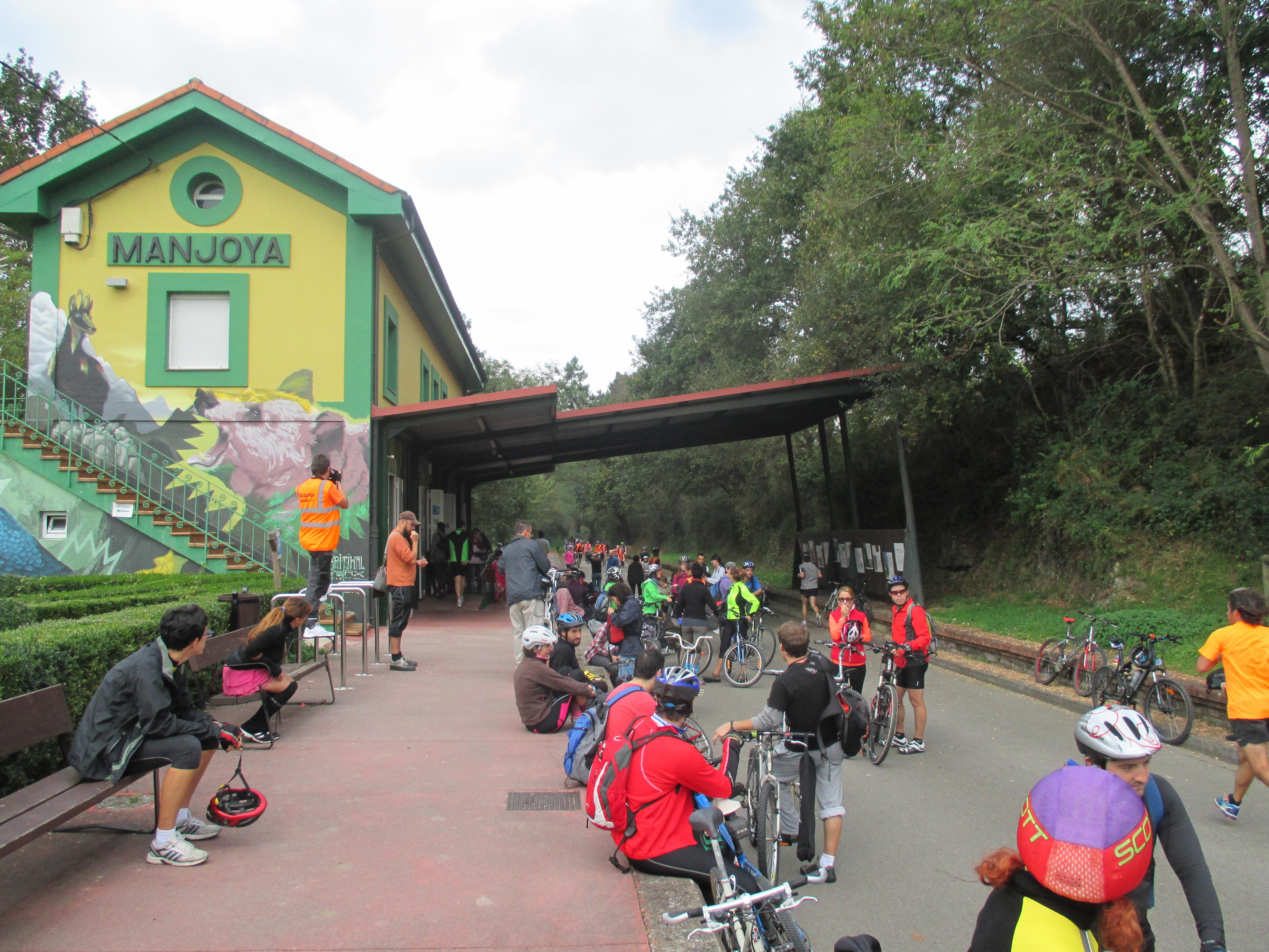 Antigua estación de tren de La Manjoya
