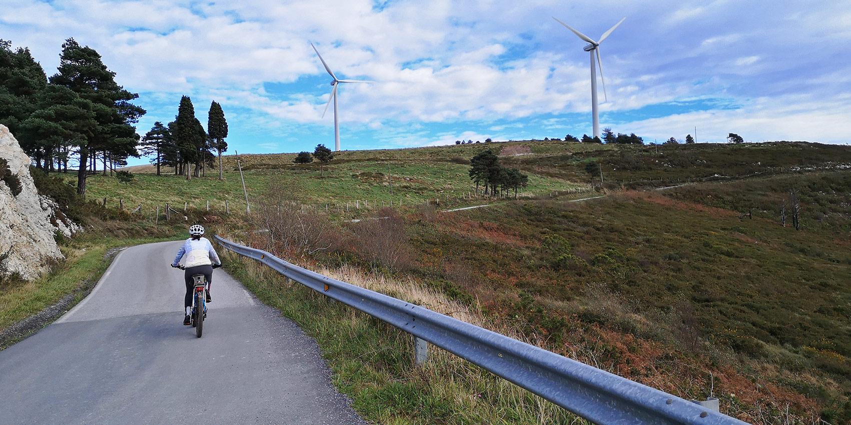 Eólicos en el alto de La Espina